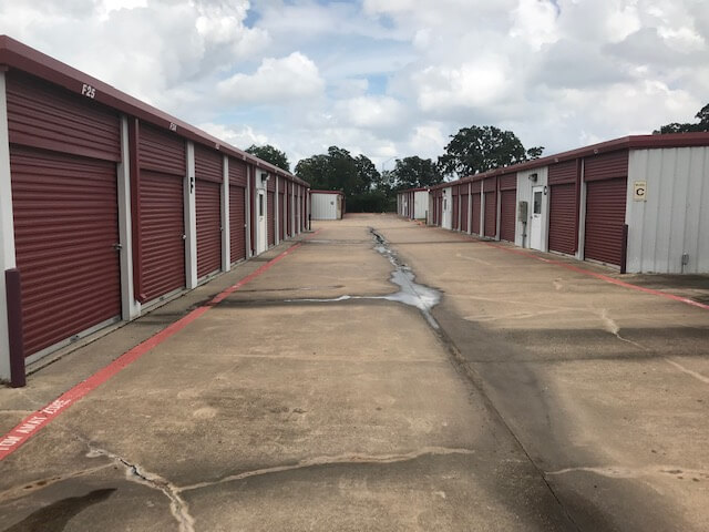 Outside row of storage units at Smart Stop Self Storage facility at 3101 Texas Avenue South, College Station Texas