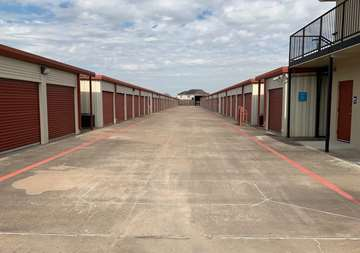 Outside view of storage units at SmartStop Self Storage location 27236 US-290, Cypress Texas
