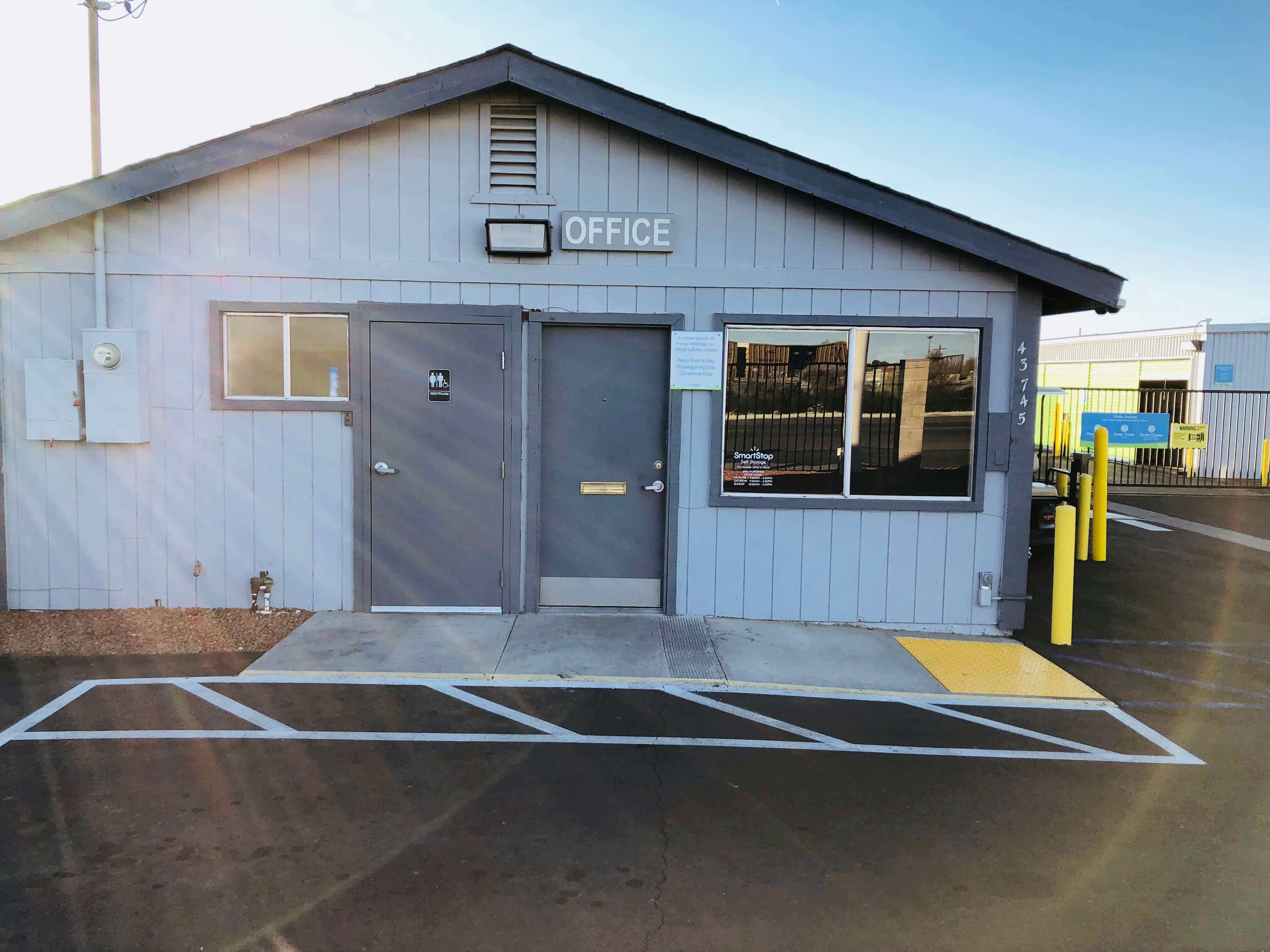 Front of Self Storage Property in Lancaster, CA