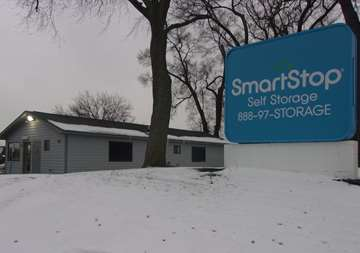 Front entrance view of SmartStop Self Storage facility located at 262 East Maple Road, Troy Michigan