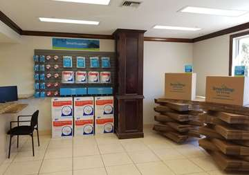 Moving Supplies and Boxes for Sale in Boynton Beach