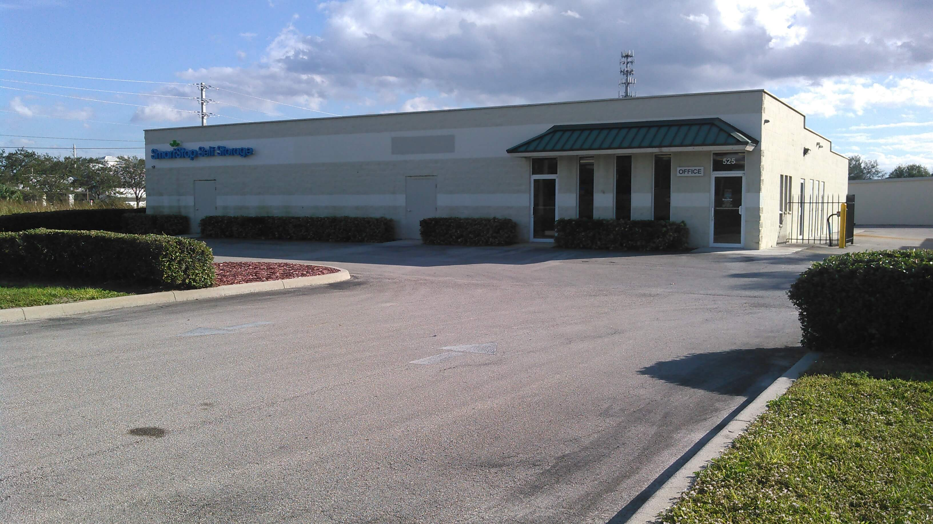 Front of Self Storage Property in Port St Lucie