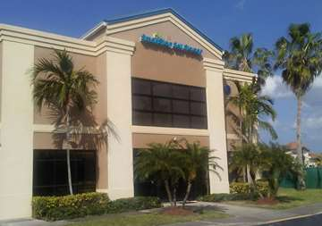 Front of Self Storage Property in Royal Palm Beach, FL