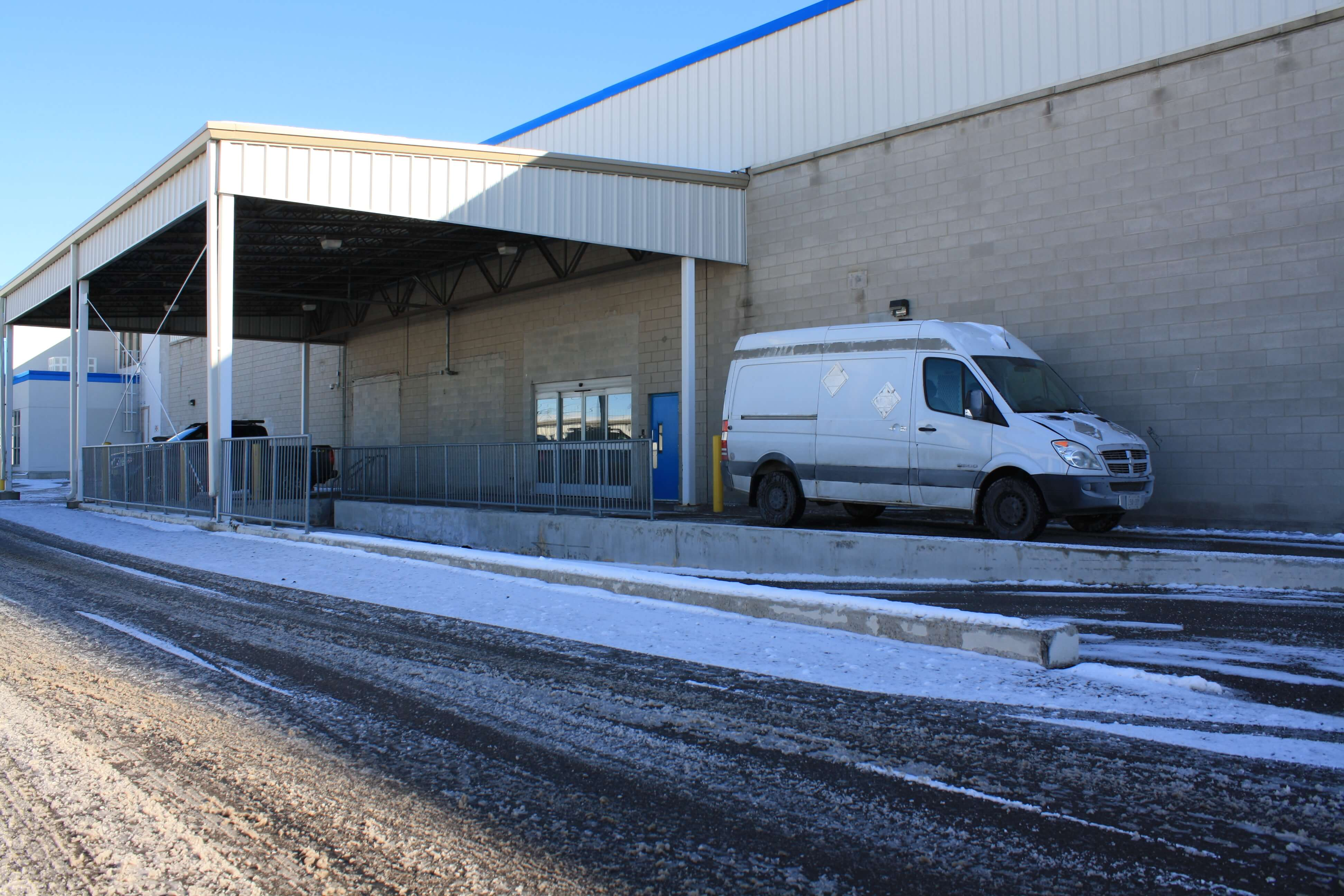 Covered loading dock at Smart Stop self storage facility located at 3136 Mavis Road, Mississauga Ontario Canada
