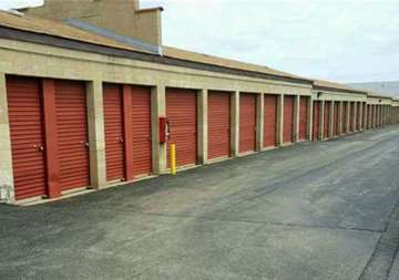 Self Storage Drive Up Units in Romeoville