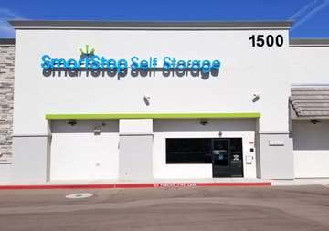 Front of Self Storage Property in Phoenix, AZ