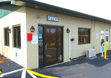 Main office at SmartStop Self Storage facility located at 197 Deaverview Road, Asheville North Carolina