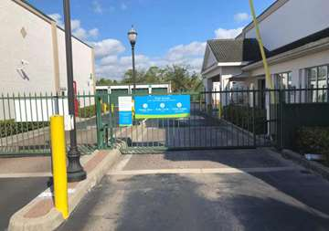 Gate Access to Storage Units in Naples