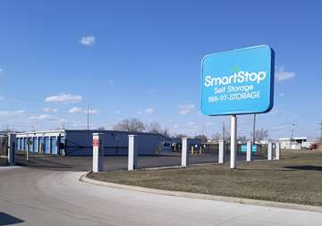 Front entry at SmartStop Self Storage facility located at 27203 Groesbeck Highway, Warren Michigan