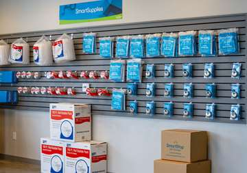 SmartStop Self Storage Piscataway, NJ Supplies