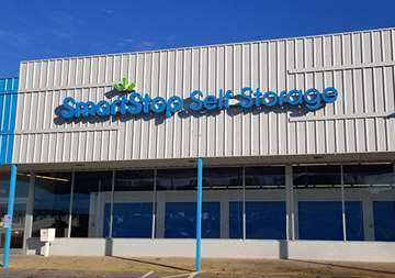 Front entry view of SmartStop Self Storage facility located at 550 Swannanoa River Road, Asheville North Carolina