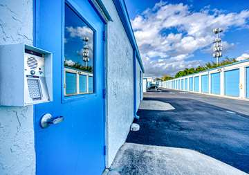 SmartStop-Self-Storage-189LintonBlvd-DelrayBeachFL-Security