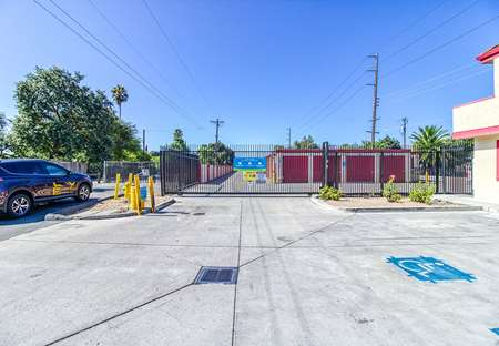 SmartStopSelfStorage-ConcordCA-1597MarketSt-Security